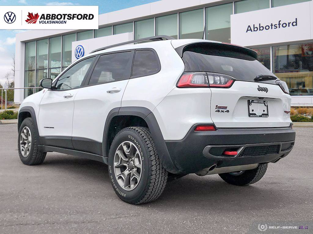 Pre-Owned 2020 Jeep Cherokee Trailhawk 4-WHEEL DRIVE, NO ACCIDENTS, LEATHER, LOW KM!