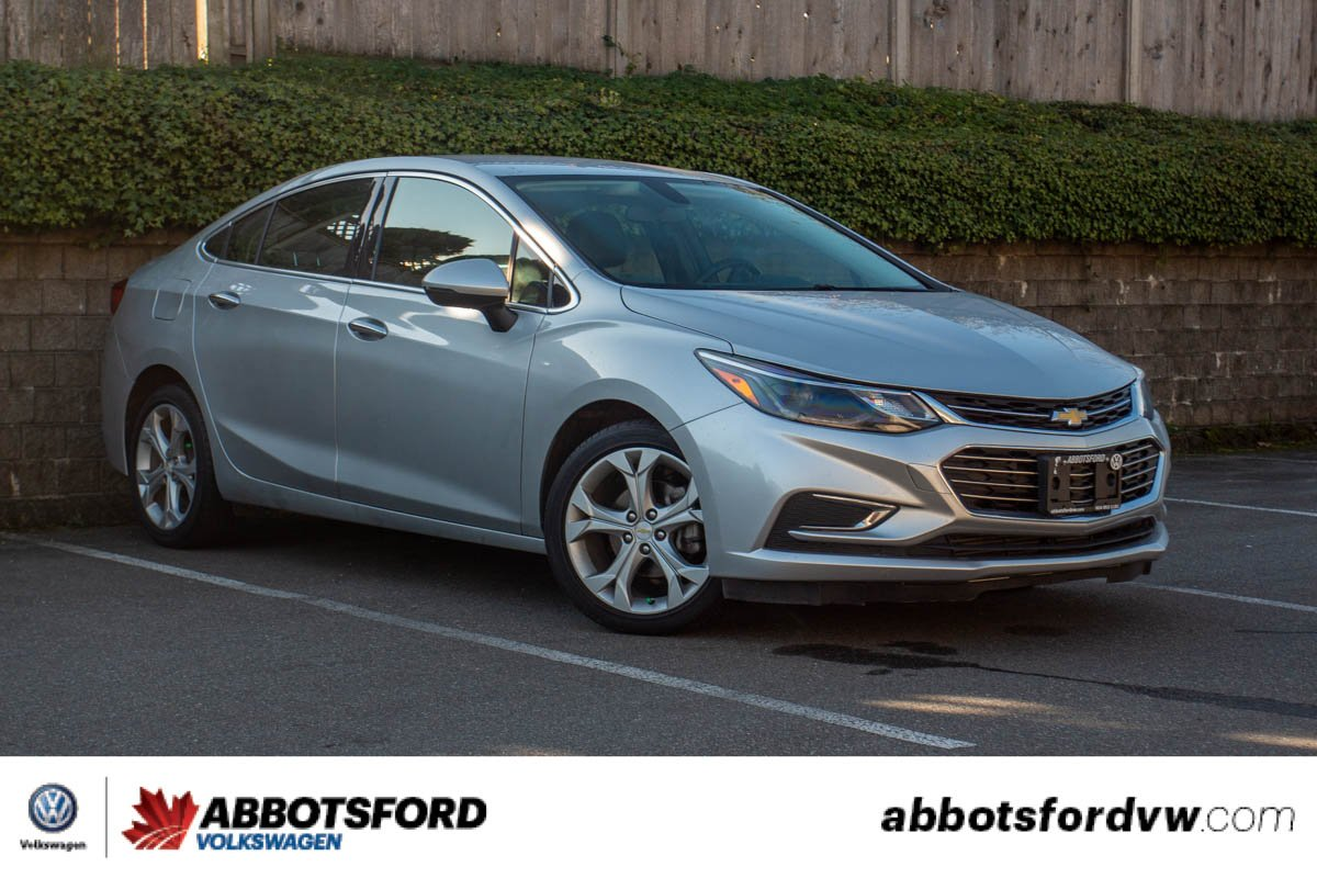 Pre-Owned 2018 Chevrolet Cruze Premier LEATHER, GREAT FUEL ECONOMY, NO ACCIDENTS, LOCAL CAR!
