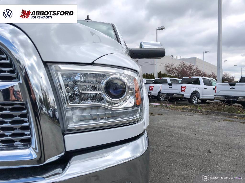 Pre-Owned 2018 Ram 3500 Laramie CUMMINS DIESEL, 4X4, NO ACCIDENTS, B.C. TRUCK!