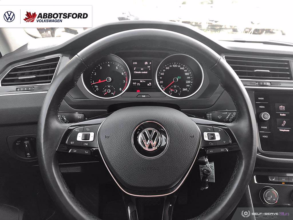 Pre-Owned 2018 Volkswagen Tiguan Trendline 4MOTION AWD, ONE OWNER, NO ACCIDENTS, B.C. SUV!