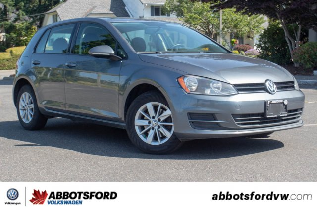 Pre-Owned 2015 Volkswagen Golf Trendline LOCAL CAR, GREAT PRICE, GREAT ON GAS!