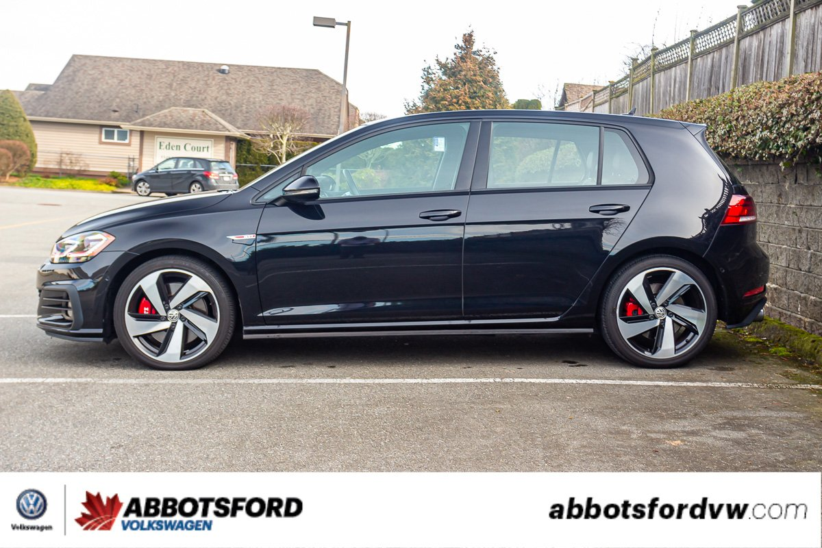 Pre-Owned 2018 Volkswagen Golf GTI Autobahn LEATHER, NAV, NO ACCIDENTS, PANO ROOF, LOCAL CAR!