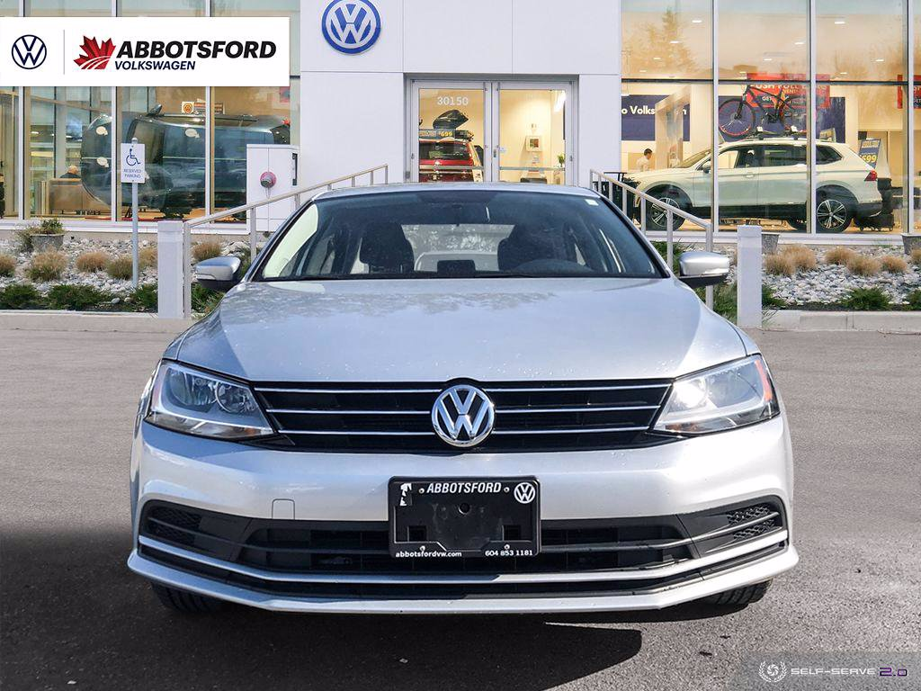 Certified Pre-Owned 2015 Volkswagen Jetta Sedan Comfortline SUNROOF, HEATED SEATS, WELL EQUIPPED, LOCAL!