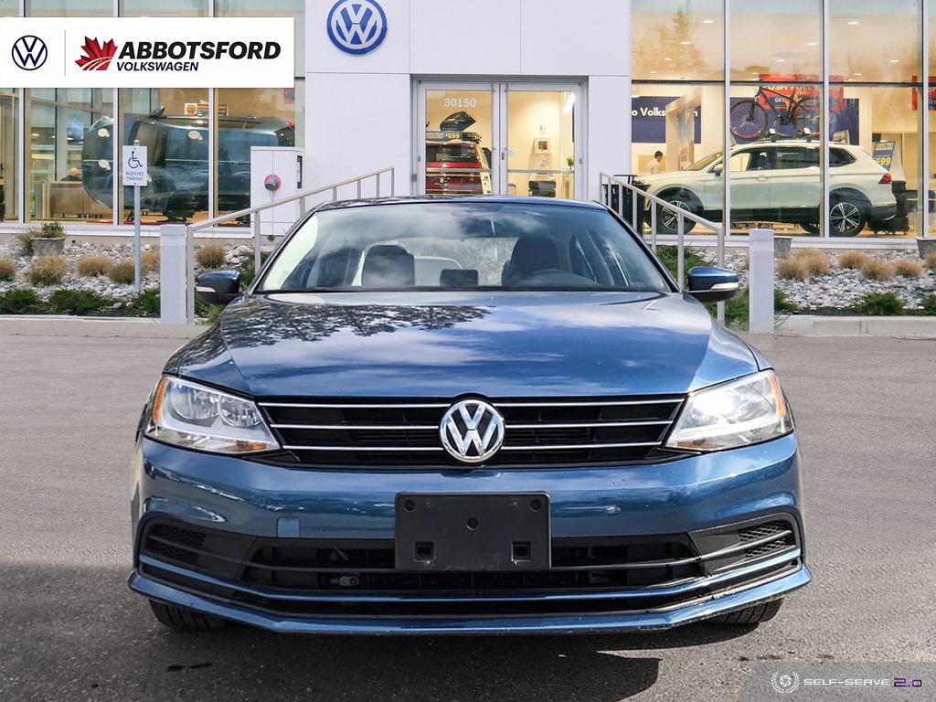 Certified Pre-Owned 2016 Volkswagen Jetta Sedan Comfortline SUNROOF, GOOD ON GAS, ONE OWNER, LOCAL!