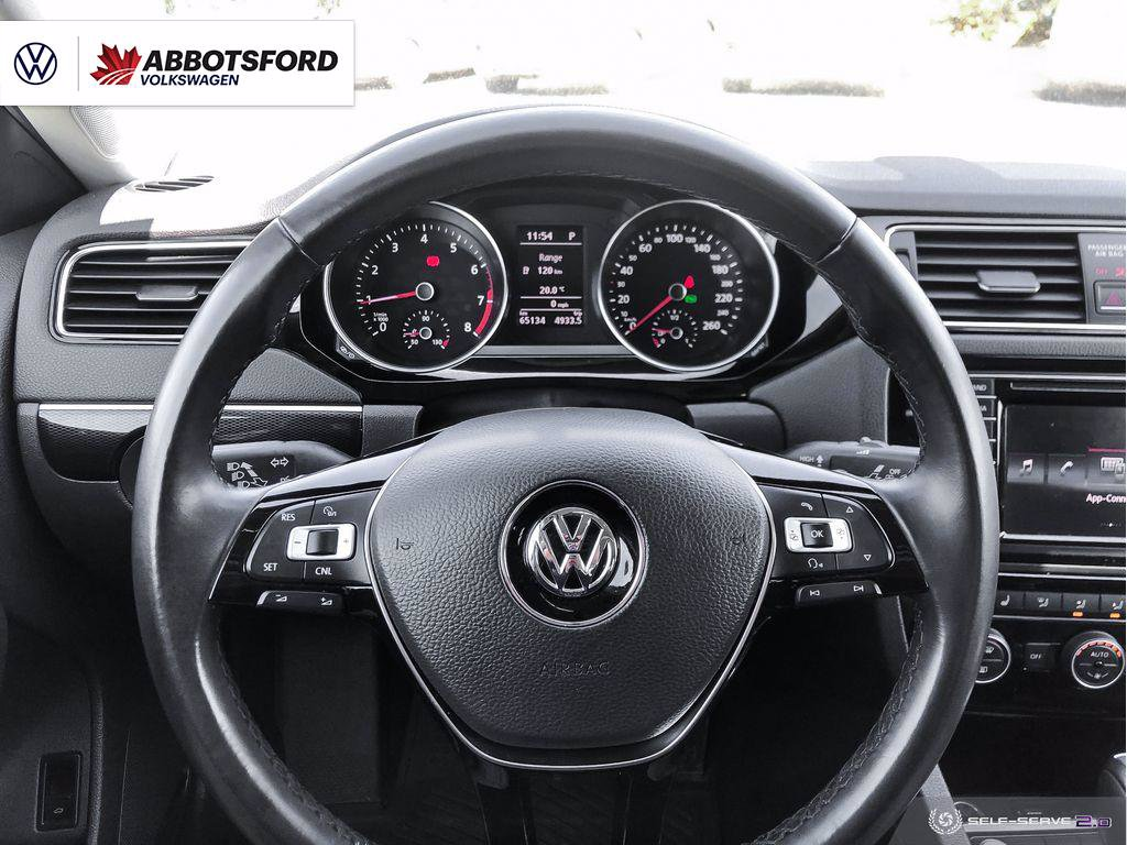 Pre-Owned 2017 Volkswagen Jetta Sedan Wolfsburg Edition WELL EQUIPPED, NO ACCIDENTS, LOW KM!