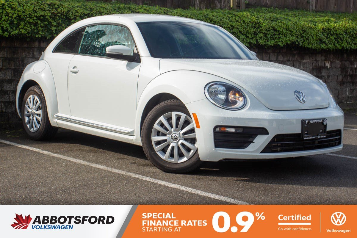 Certified Pre-Owned 2017 Volkswagen Beetle Coupe Trendline GREAT PRICE, WELL EQUIPPED, LOCAL CAR!