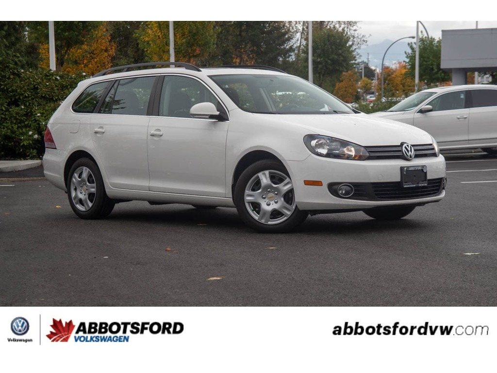 Pre-Owned 2014 Volkswagen Golf - NO ACCIDENTS,DIESEL,B.C CAR,SUNROOF