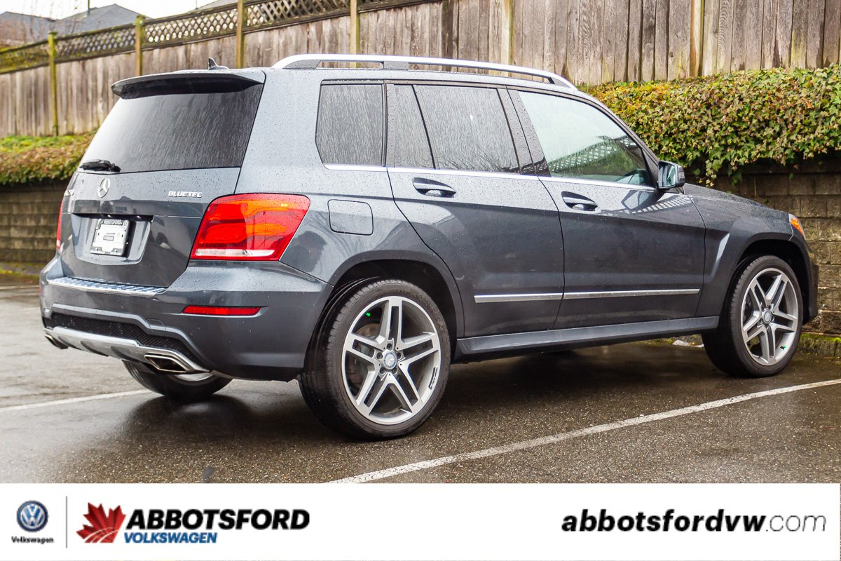 Pre-Owned 2015 Mercedes-Benz GLK GLK 250 BlueTec DIESEL, LEATHER, SUNROOF, NAVI, B.C. VEHICLE!