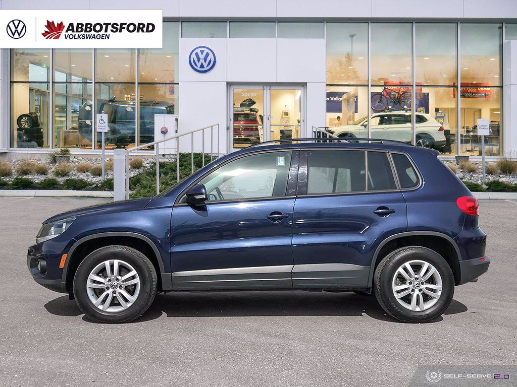 Certified Pre-Owned 2014 Volkswagen Tiguan Trendline 4MOTION ALL-WHEEL DRIVE, NO ACCIDENTS, LOCAL CAR!