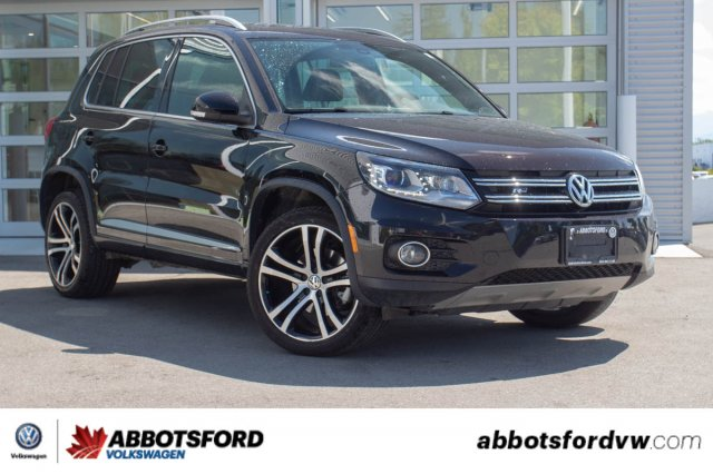 Pre-Owned 2017 Volkswagen Tiguan Highline R-Line ONE OWNER, SUPER LOW KM, LOCAL CAR!