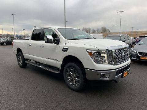 New 2019 Nissan Titan XD SL Gas