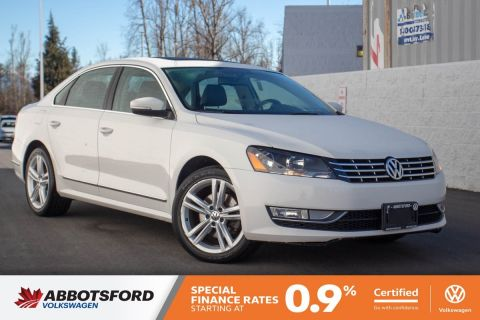 Certified Pre-Owned 2014 Volkswagen Passat Highline LOCAL, WELL TAKEN CARE OF, AWESOME CONDITION!
