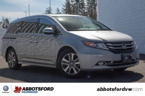 Pre-Owned 2016 Honda Odyssey Touring NO ACCIDENTS, BC CAR, SEATING FOR EIGHT!