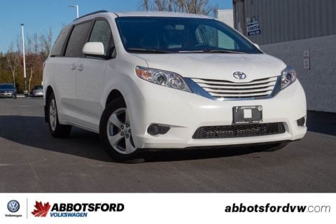 Pre-Owned 2017 Toyota Sienna L NO ACCIDENTS, BC CAR, SUPER LOW KILOMETRES!