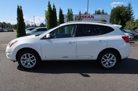 Pre-Owned 2013 Nissan Rogue SV w/SL Pkg