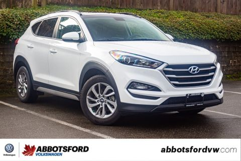Pre-Owned 2018 Hyundai Tucson SE AWD, PANO ROOF, LEATHER, NO ACCIDENTS!