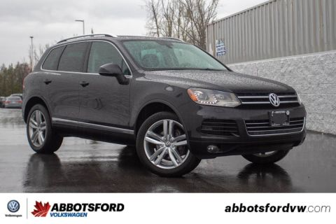 Certified Pre-Owned 2013 Volkswagen Touareg Execline TDI NO ACCIDENTS, WELL TAKEN CARE OF, LOCAL!