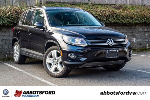 Pre-Owned 2017 Volkswagen Tiguan Trendline NO ACCIDENTS, LOW KM, CAR PLAY, LOCAL VEHICLE!